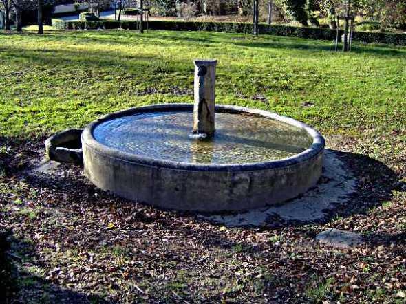 Fontaine du clos jouvin
