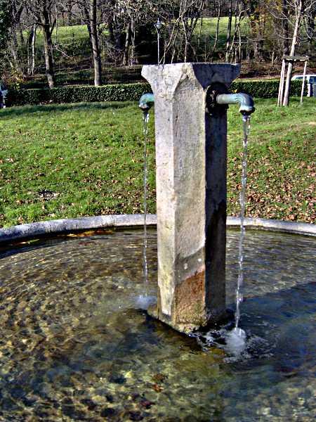 Colonne de la fontaine