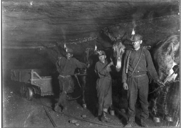mineurs-dans-une-mine-de-charbon