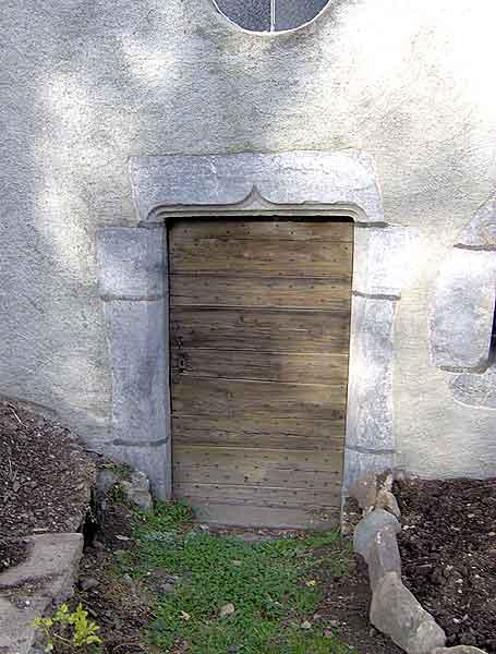 Vue sur la porte